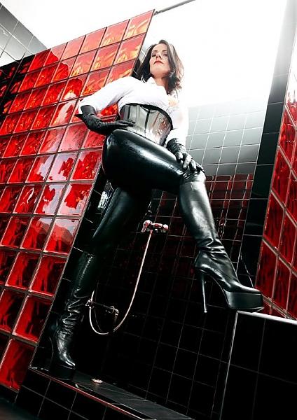 Mistress maxim